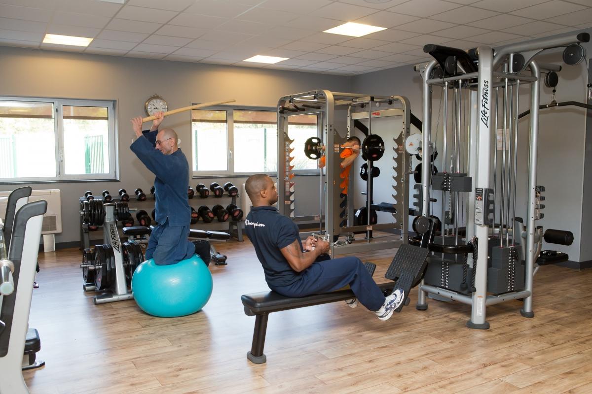 musculation guid 233 e et poids libres